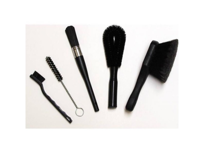 FINISH LINE Bike Brush set - black click to zoom image